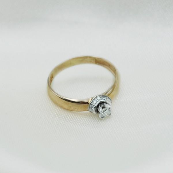 Кольцо золотое с бриллиантами 3К096/1Д
