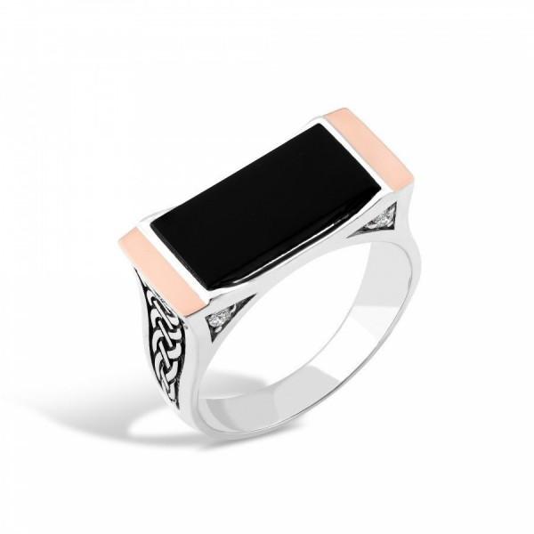 Кольцо серебряное с ониксом 2_129К